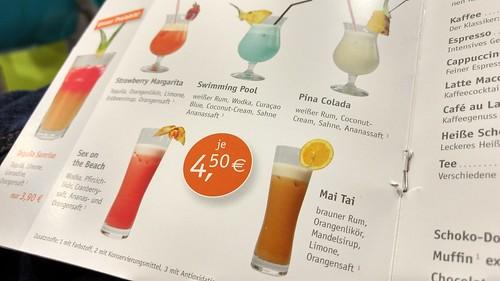 Cocktails im Bistro der Jugendherberge Oberwesel