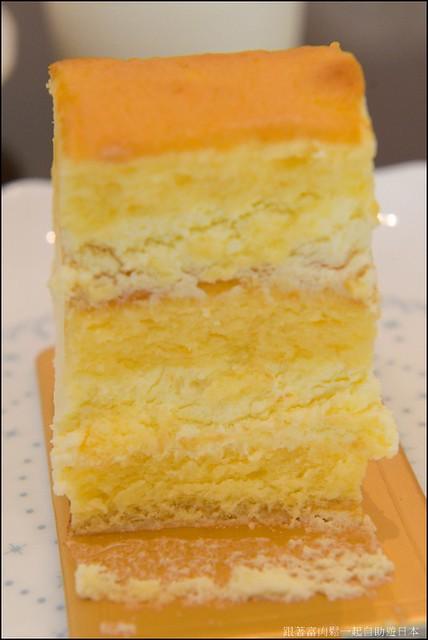 橙花西點烘焙坊_起士乳酪捲側面