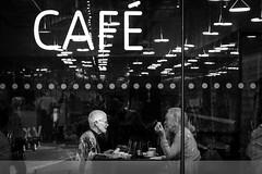 Caf (Lars Denker) Tags: london2016 cafe tea time tate modern bw black white schwarz weiss