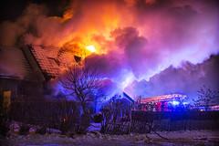 lmh-rundtjernveien101 (oslobrannogredning) Tags: bygningsbrann brann brannvesenet brannmannskaper slokkeinnsats brannslokking brannslukking