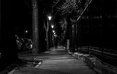 IMG_2041 (Lens a Lot) Tags: auto mamiya sekor 55mm f18 1967 | 6 blades iris m42 f28 paris 2016 f56 black white street potography streetphotography vintage japanese japan manual fixed length prime lens noir et blanc monochrome ruelle architecture profondeur de champ abstrait nuit texture bordure photo gomtrique