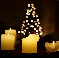 Weihnachtszeit (Frau Fanta5) Tags: kerze flamme licht bokeh advent weihnacht candle flame light xmas christmas