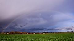 18 Novembre, 11 h du matin en Normandie (Corinne Lejeune Girot) Tags: landscape cloud orage storm noir black arcenciel rainbow couleur color automne autumn