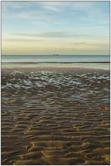In the distance (Matteo Bersani) Tags: margate uk mare sea beach spiaggia tramonto sunset barca boat nave ship a58 sonyalpha