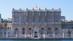 Dolmabahçe palace (JaydoDre) Tags: summer building architecture turkey istanbul palace sultan dolmabahce dolmabahçe