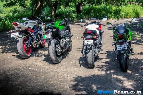 Ninja-650-vs-Honda-CBR650F-vs-Z800-vs-Triumph-Daytona-675-11