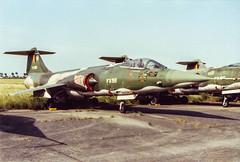 Koksijde 1987 : Belgian air force F-104G FX58 (Hermen Goud Photography) Tags: belgium aircraft aviation belgi lockheed airfields militair belgianairforce f104g vliegvelden f104starfighter fx58f104gstoragekoksijde koksijdeebfnbkoks preservedmuseum