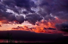 Before the dawn (stranger_bg) Tags: blue bulgaria cielo clouds landscape light magic nature new photos pictures sky sofia stranger sun sunrise sunset витоша облаци paysage red yellow white mordor wildly colors heavens hell dramatic skies theme небе изгрев залез мордор синьо червено бял природа българия софия great wings space darkness dark outdoor cloud photo pink nikonflickraward serene ngc nikon d90 deep purple blood bloody dusk before dawn