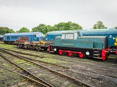 Sentinel and Peaks (Alan Rowley Photos) Tags: transport nenevalleyrailway rail class45 class class46 sentinel wansford hertfordshire unitedkingdom