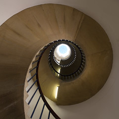 Spiral, St John's University College, Cambridge (MixPix ) Tags: cambridge uk university college study stairs spiral abstract