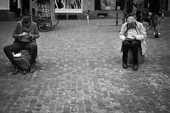 generations lost in the www (gato-gato-gato) Tags: digital zrich schweiz abend april donnerstag feierabend leica leicammonochrom leicasummiluxm35mmf14 mmonochrom messsucher monochrom nachmittag strasse street streetphotographer streetphotography streettogs suisse svizzera switzerland zueri zuerich zurigo bewlkt black flickr gatogatogato gatogatogatoch rangefinder streetphoto streetpic tobiasgaulkech white wwwgatogatogatoch manualfocus manuellerfokus manualmode leicamp mp analog film filmisnotdead believeinfilm schwarz weiss bw blanco negro monochrome blanc noir strase onthestreets mensch person human pedestrian fussgnger fusgnger passant sviss zwitserland isvire zurich