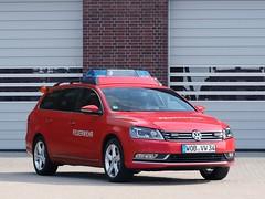 Volkswagen Passat Variant (Vehicle Tim) Tags: volkswagen vw passat einsatz elw fahrzeug feuerwehr fire blaulicht pkw car auto