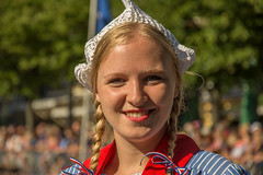het kaasmeisje (stevefge) Tags: alkmaar cheesemarket kaasmarkt girls tradition people candid portrait nederland netherlands nederlandvandaag nl holland reflectyourworld plaits ribbon bonnet klederdracht