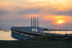 resundsbron at Sunset (Infomastern) Tags: malm bridhe bro bunkeflostrand cloud hav sea sky solnedgng sunset water resundsbron exif:model=canoneos760d geocountry exif:focallength=110mm camera:make=canon geocity camera:model=canoneos760d exif:isospeed=250 geolocation exif:lens=efs18200mmf3556is geostate exif:aperture=56 exif:make=canon