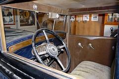 P1130243 Inside the Buick (lois manowitz) Tags: gallerygang arizona