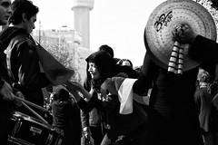 Santiago de Chile (Alejandro Bonilla) Tags: santiago chile street city urban bw black white monocromo monocromatico blancoynegro bn blackandwhite blanconegro urbana urbano urbex reginmetropolitana sony santiagodechile santiaguinos sam streetphotography santiagocentro sonya290