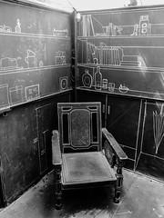 是否回到那一年 (畫#攝) Tags: taiwan 戶外 台南 藍晒圖 藝術 街拍 黑 白 panasonic gx7 blackandwhite 台灣 nature art light old 學校 school 椅子 explore 探索
