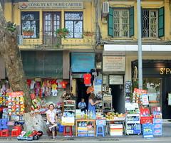 Beautiful Windows (Neil Noland) Tags: vietnam hanoi oldquarter