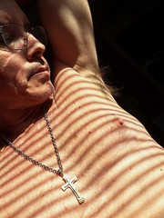 Mesa Guy UA 11 7 2016 (Monte Mendoza) Tags: armpits underarms pits axila malechest shirtless noshirt sincamisa nipple cross