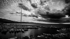 La que se nos viene encima... (pepoexpress - A few million thanks!) Tags: nikon d610 d61024120mmf4 d6101424mm nikond610 pepoexpress clouds cloudssea sea water puertobans marbella bw tormenta fx
