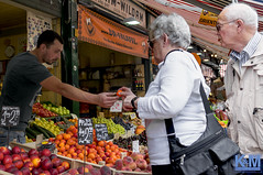 Vienna: Naschmarkt (Erwin van Maanen.) Tags: wenen wien vienna oostenrijk österreich austria kroonenvanmaanenfotografie sonynex6 kvm erwinvanmaanen europe europa naschmarkt market mercado