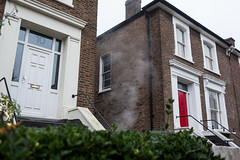 Rising damp (Gary Kinsman) Tags: lawfordroad london nw5 2016 kentishtown canon5dmkii canoneos5dmarkii canon35mmf2 urban newtopographics topographics architecture victorian houses steam damp grey overcast hedge