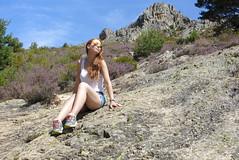 The happy hiker (Jorge Tarlea) Tags: trip mountain countryside ginger redhead traveller campo hiker montaña pelirroja excursión viajero excursionista jorgetarlea