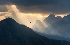 Freedom (@hipydeus) Tags: sunset peaceful layers rays dolomites unspoiled dolomiten