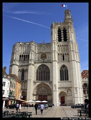 Cathdrale Saint-tienne (XBXG) Tags: france church saint sens cathedral burgundy kirche cathdrale palais frankrijk bourgogne glise kerk kathedraal 89 tienne yonne sainttienne synodal
