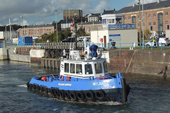 Wilanne (Ade-Wales(Moving house, see you soon!)) Tags: wales tug pembrokeshire milfordhaven dredger hason arcodee milforddocks williamsshipping havenmarineservices adewales hansonagregates