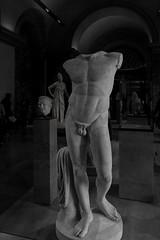 Diadoumenos - I (egisto.sani) Tags: sculpture paris art classic statue greek arte louvre du classical marble period statua parigi greca scultura marmo polykleitos muse policleto diadoumenos diadumeno louvre