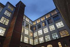 10 November, 16.33 (Ti.mo) Tags: november berlin architecture germany de iso800 evening selected 25mm 2015 f20 0ev ixds •••• ¹⁄₁₂₅secatf20 bezirkfriedrichshainkreuzberg e25mmf2