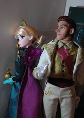 Hans and Elsa (Vizzza) Tags: from fairytale frozen store doll dolls expo designer hans disney collection exclusive elsa coronation d23