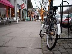Sidewalk Scene (reehren) Tags: bicycle sidewalk 3speed oceangrove