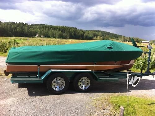 Motor båt kapell-Motor boat cover.
