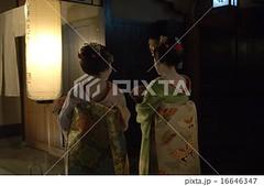 16646347 (finalistJPN) Tags: geishagirls geikoladies gion highclassrestaurant japanstylerestaurant japanesedinner highclasstown kyoto worldheritage discoverjapan visitjapan japanguide traveljapan nationalgeographic discoverychannel stockphotos availablenow