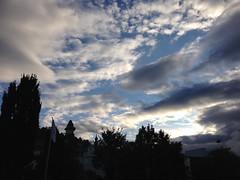 October 12, 2016 08:15:49 (Natascha W) Tags: sky himmel morgenhimmel morningsky clouds cloudy cloud wolken wolkig bewlkt weather wetter herbst autumn fall schlossberg graz uhrturm trees tree bume baum sonnenlicht sunlight sonne sun light licht morning morgen stadt city