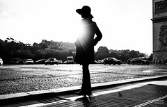 Street - A woman (Franois Escriva) Tags: street streetphotography candid people olympus omd black white bw noir blanc nb silhouette figure outline dark woman hat paris france place toile arc triomphue trees sky light sun road beautiful
