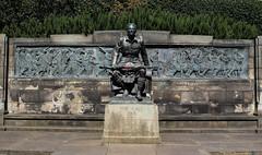 Scots-American Memorial (Lawrence OP) Tags: scotsamerican memorial princesstreet gardens edinburgh bronze sculpture veterans heroes remembrance poppy taitmckenzie mackintosh worldwari armistice soldiers kilt