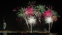 Bangers and clangers (Paul M Loader) Tags: spinnaker tower portsmouth gosport gunwharf quays fireworks extravaganza canon eos 7d mkii 24105