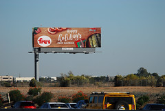 Fry's Food Stores billboard - Santan Freeway Loop 202, Chandler, AZ (azbillboard) Tags: frys frysfoodstores billboard santanfreeway freeway ooh outofhome outdooradvertising advertising loop202 loop101 101 202 pricefreeway billboards onsiteinsite chandler gilbert arizona az maricopa queencreek tempe scottsdale ahwatukee phoenix santan 85226 grocer supermarket food gas pharmacy lowerprices fresh traffic