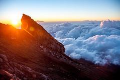_DSC1383 (gfcnr) Tags: sunrise agung cloud indonesia bali