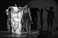 The Singer #2 (LilFr38) Tags: lilfr38 canoneos5dmarkii canonef1740mmf4lusm blackwhite noirblanc vizille isre france singer scene shadow light chanteuse scne ombre lumire ringringringdelasoul