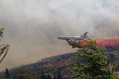 Dropping Retardant (benagain_photos) Tags: washington butte wa fires chelan wildfires reachfire chelancomplex