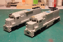 SOO 2010 & 2041 (Set and Centered) Tags: road railroad chicago scale electric train model power diesel trains line company milwaukee atlas locomotive motive ho bandit custom soo 187 freight services 2010 railroading emd 2041 gp40 cmps exmilw