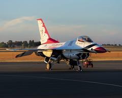 Lockheed Martin F-16C Fighting Falcon (Titanium Man) Tags: thunderbirds usaf airforce f16c fightingfalcon lockheedmartin capitalairshow