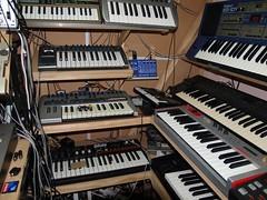 LP158650 (LoxPix2) Tags: boss music studio guitar fender synth roland korg yamaha emu gibson akai novation alesis kawai maudio behringer kurzweil teisco ensoniq tapco rogerlinn loxpix