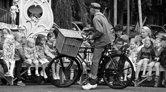 Nederland (Bardazzi Luca) Tags: people bw black white bycicle men
