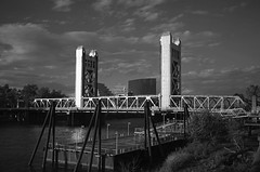 SS 027 Summaron Bridge (reed.john51) Tags: california sacramento bridge summaron blackandwhite towerbridge monochrome summaronf35