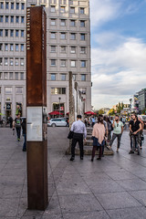 Berlin Wall Monument, Potsdamer Platz, Berlin DSC_0295 (troy david johnston) Tags: troydavidjohnston berlin deutschland germany berlinmauer potsdamerplatz monument memorial wall concrete section graffiti